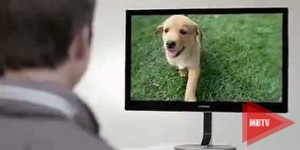 samsung-premium-monitor-series-9-buddy-the-dog