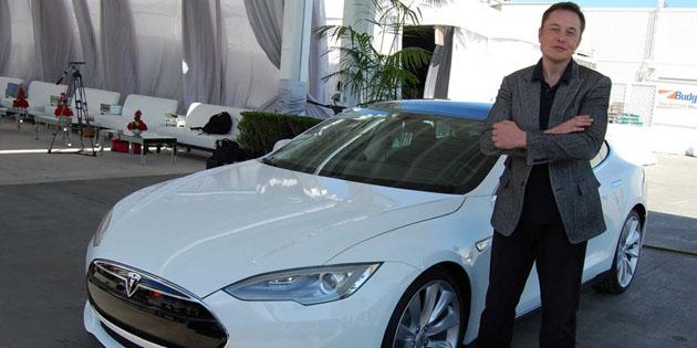 Tesla Features-in