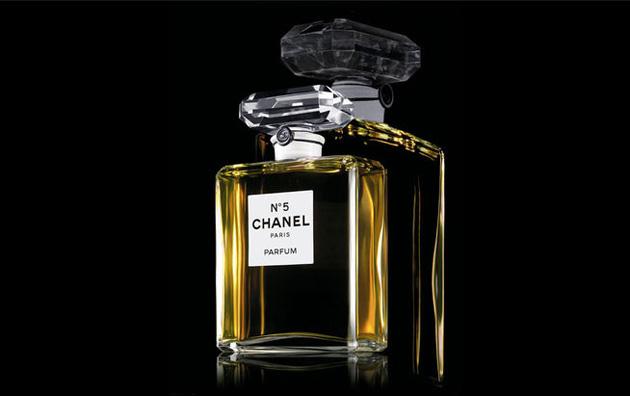 CHANEL-NO5-001