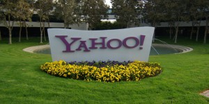 yahoo-weighs-bids-from-verizon-tpg-yp-as-first-round-end