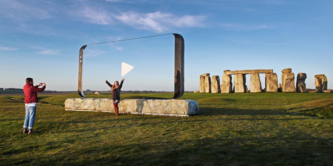 Samsung-Stonehenge-hed-20170414