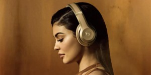 apple-beats-balmain-1