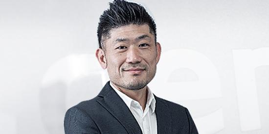 Tsuyoshi-Komuro-img