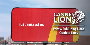outdoor-print publishing lions-1