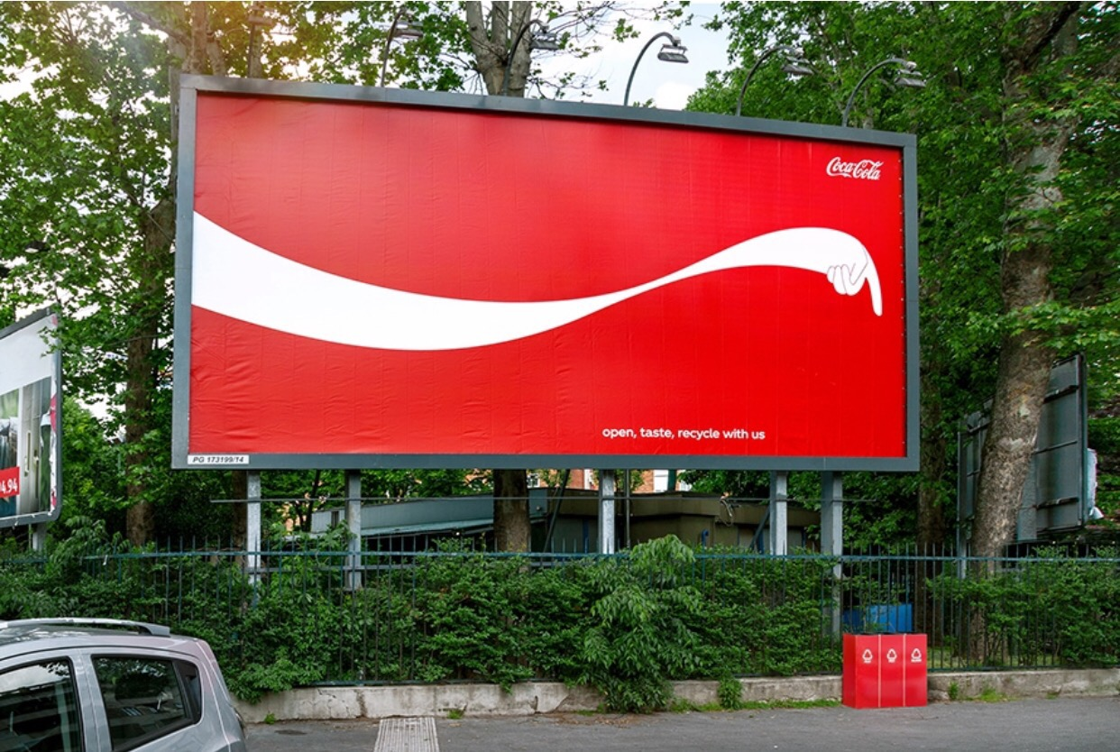 CocaCola-These Outdoor Ads Point You to Recycling Bins-1